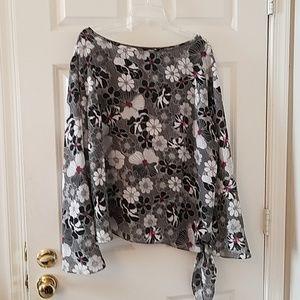 Apostrophe blouse size 22W